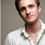 """Video: """"Get the Guy"""" Expert, Matthew Hussey Explains Why [some] Men Lose Interest as Soon as You Show Yours"""