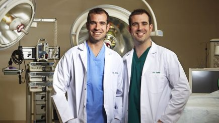 """Chris and Alexander """"Xand"""" van Tulleken, twins, doctors, diet, eating, health, wellness, black women, high protein, low fat, comparison, tested, youtube video, doctors, cute, experiment, video, myth, industry, sugar, white bread, starch, rice, carbs, carbohydrates, nuts, veggies, lean meats, greens, calories, restriction, Atkins,"""
