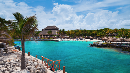 vacation, scuba, snorkeling, zoo, marine life, beaches, dolphins, whales, travel, get away, locations, relaxation, destinations, Honeymoons, Mexico, Caribbean, beach, tax, Spanish, Latina, water, holiday, advice, review, suggestion, great places to visit,