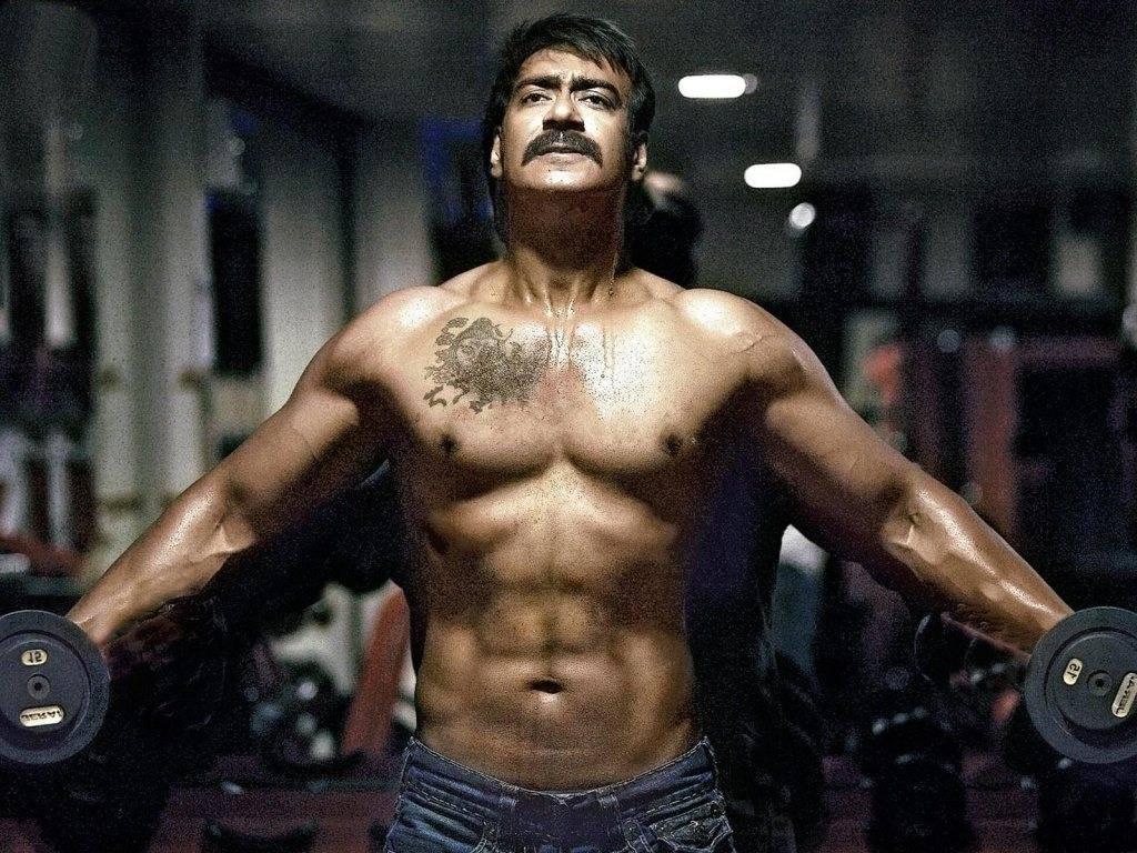 Ajay-Devgan-Bodybuilding-In-Gym