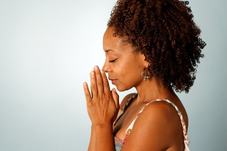 black woman praying for love
